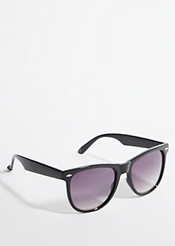 Black Smoky Lens Retro Sunglasses