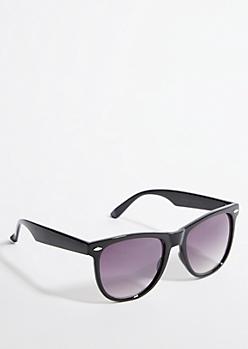 Black Smoky Lens Retro Sunglasses