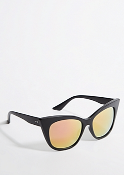 Oversized Black Matte Cat Eye Sunglasses