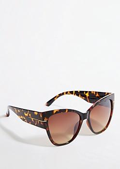 Oversized Tortoiseshell Cat Eye Sunglasses