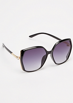 Smoky Oversized Diamond Sunglasses