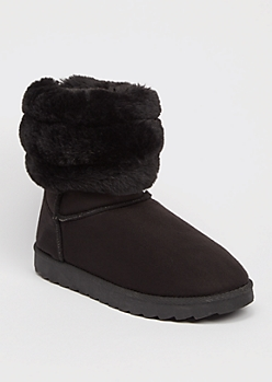 Black Ribbed Faux Fur Mid Cozy Boots