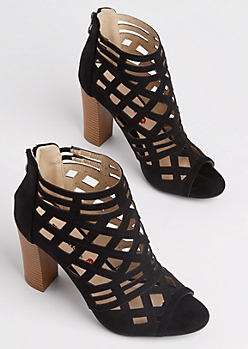 Black Diamond Cutout Stacked Heel