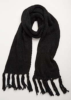 Black Heavy Knit Fringed Scarf