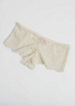 Ivory Scalloped Lace Boyshort