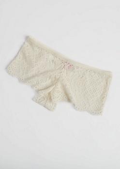 Ivory Scalloped Lace Boyshort Undies