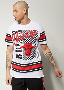 c900406470454 NBA Chicago Bulls White Colorblock Striped Graphic Tee
