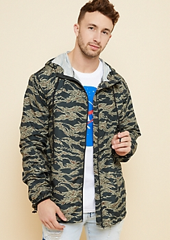 Camo Print Toggle Hem Windbreaker