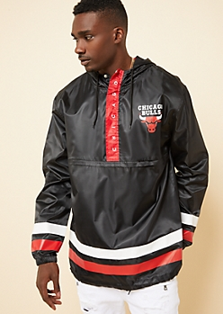 Chicago Bulls Black Athletic Stripe Windbreaker