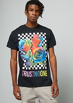 Black Rainbow Checkered Print Trust No One Rose Graphic Tee