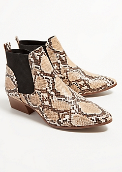 Snake Skin Ribbed Knit Cowboy Booties