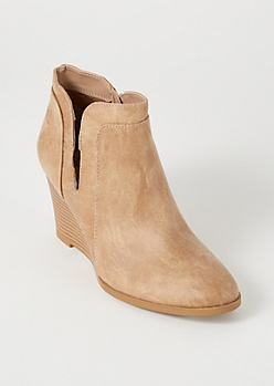 Tan Split Side Stacked Heel Wedges