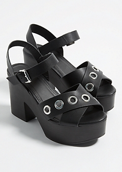Black Grommet Detailed Platform Heels