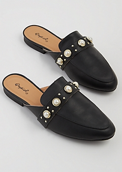 Black Dotted Pearl Mules