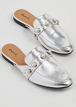 Silver Dotted Pearl Mules