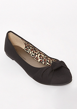 Black Top Knot Flats
