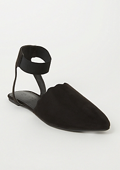Black Scallop Edge Elasticized Flats