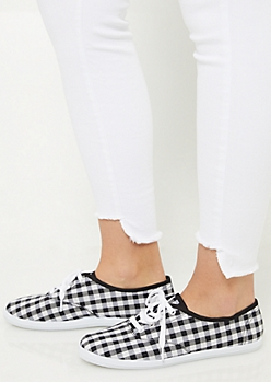 Black Gingham Pattern Favorite Canvas Sneakers