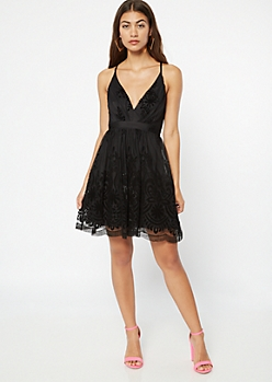 Black Velvet Floral Mesh V Neck Dress