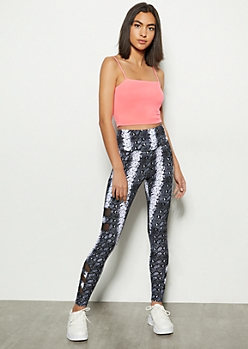 Snakeskin Print Mesh Cell Phone Pocket Leggings