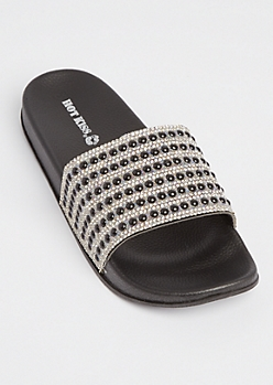 Black Pearl Dotted Slides
