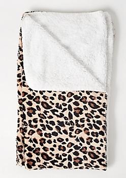 Leopard Print Plush Blanket