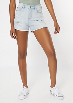 Ultimate Stretch Light Wash Curvy Jean Shorts