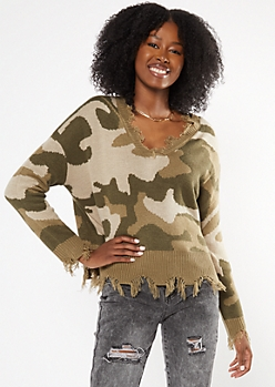 Camo Print Destructed Cropped Sweater