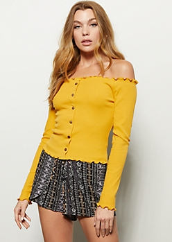 Mustard Off The Shoulder Lettuce Edge Top