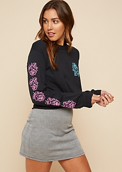 Black Rose Print Long Sleeve Skimmer Tee