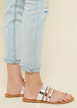 Metallic Silver Toe Strap Sandals