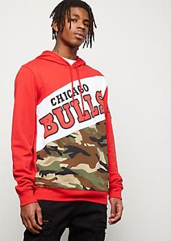 NBA Chicago Bulls Red Camo Print Colorblock Graphic Hoodie