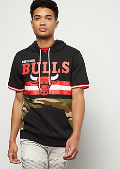 NBA Chicago Bulls Camo Print Striped Hooded Graphic Tee