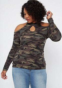 Plus Camo Print Cold Shoulder Keyhole Top