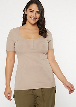 Plus Taupe Super Soft Snap Front Tee