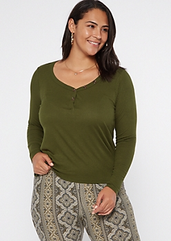 Plus Green Button V Neck Top