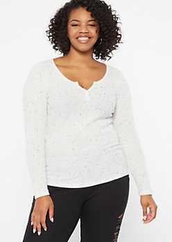 Plus Ivory Speckled Notch Neck Top