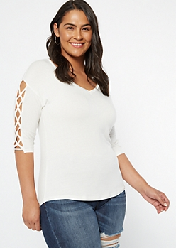 Plus Ivory Lattice Sleeve V Neck Tunic