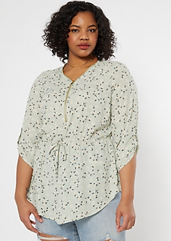 Plus Light Green Daisy Print Smocked Waist Top