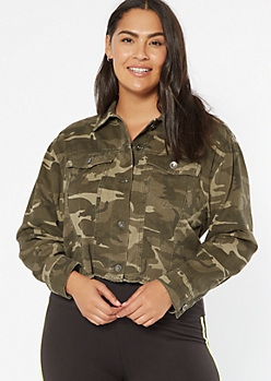 Plus Camo Print Cropped Jean Jacket
