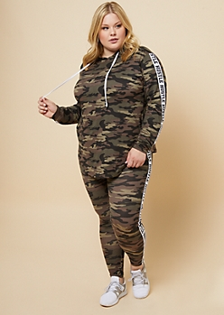 Plus Camo Print Hustle Side Striped Super Soft Hoodie