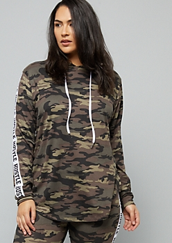 Plus Camo Print Hustle Side Striped Pullover Hoodie
