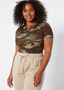Plus Camo Print Ribbed Knit Button Down Bodysuit