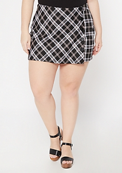 Plus Black Plaid Print Button Wrap Skort