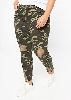 Plus Camo Print Distressed Hem Jeggings