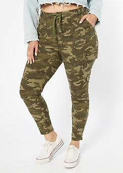 Plus Camo Print High Waisted Cargo Jeggings