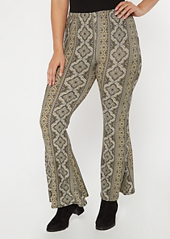 Plus Olive Border Print Super Soft Flare Pants
