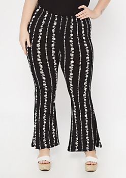 Plus Black Daisy Striped Super Soft Flare Pants