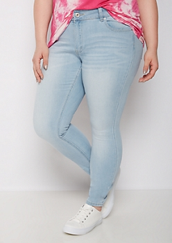 Plus Light Blue Mid Rise Jeggings in Short