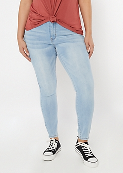 Plus Light Wash Mid Rise Jeggings in Regular